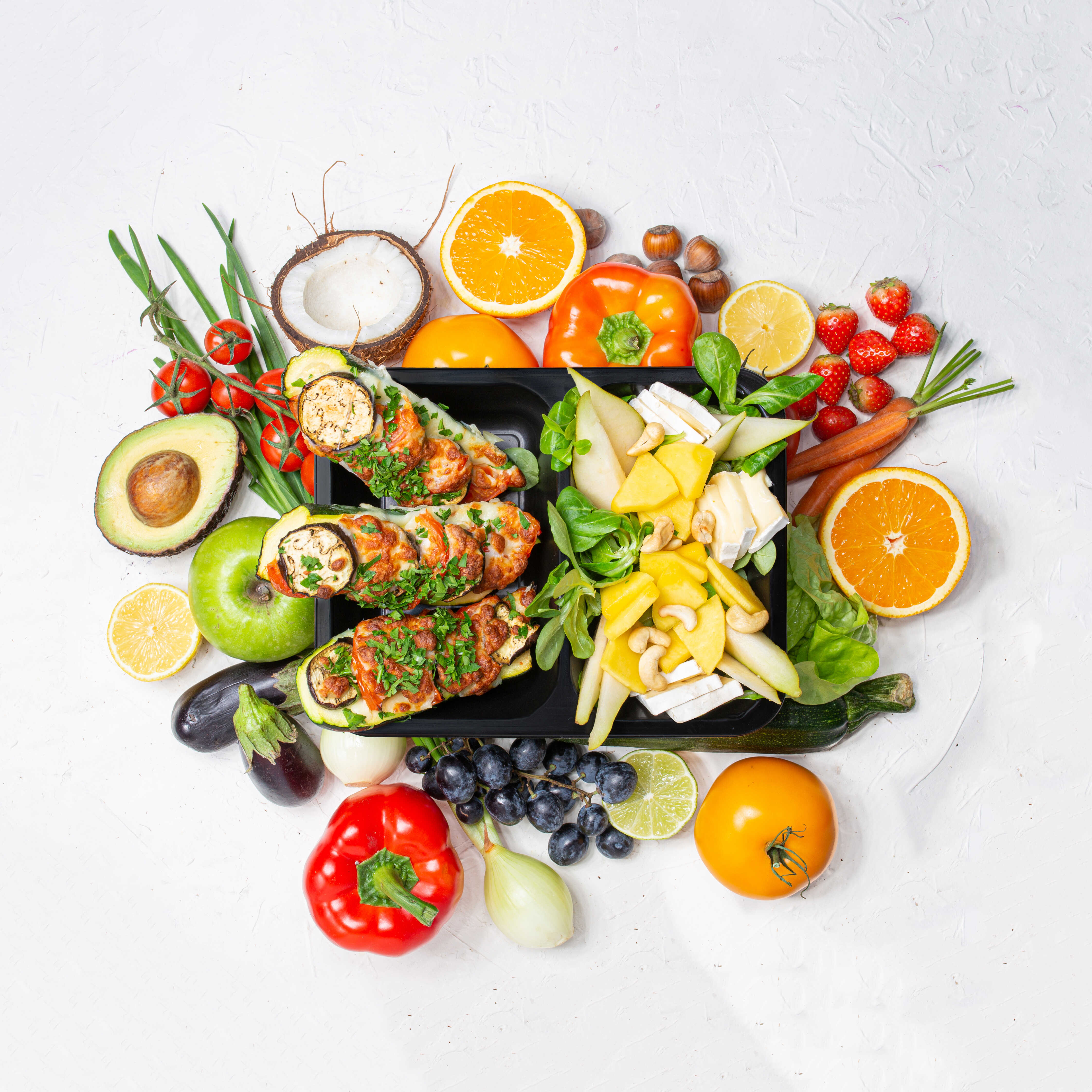 Nie lubisz gotować, a chcesz jeść mądrze? Postaw na dietę pudełkową! - Zdjęcie główne