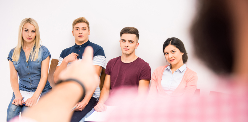 Młodzi ludzie rwą się do pracy. Gdzie mogą jej szukać?  - Zdjęcie główne