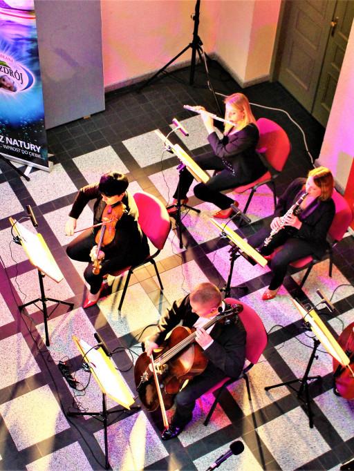 Koncert Muzyki Filmowej zespołu BognaBand w Płocku - Zdjęcie główne