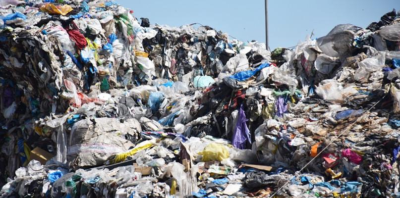Radni znów będą głosować. Od kiedy zapłacimy drożej za śmieci? - Zdjęcie główne