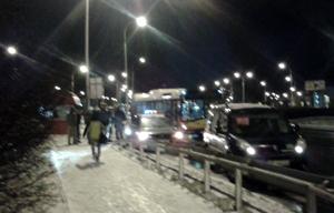 Autobus wjechał w radiowóz na Piłsudskiego - Zdjęcie główne
