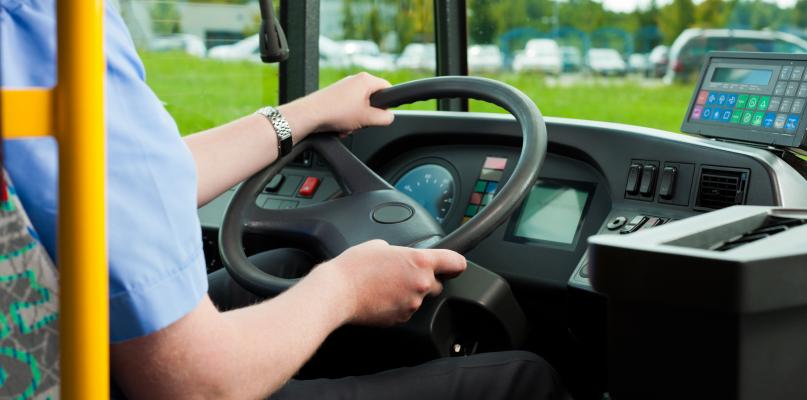 Kursy autobusów KM podczas wakacji. Sprawdź! - Zdjęcie główne