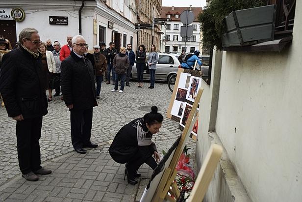 Wspominali ofiary katastrofy w Smoleńsku - Zdjęcie główne