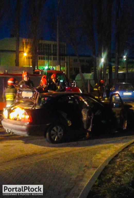 Zderzenie samochodów na ul. Chemików - Zdjęcie główne