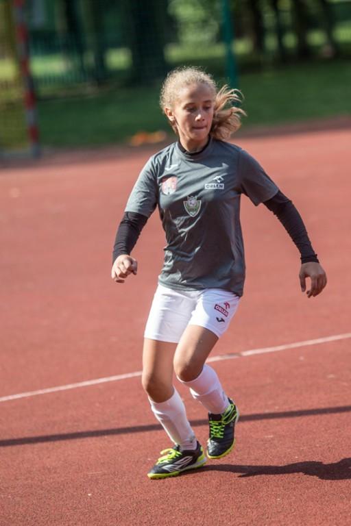 Turniej piłki nożnej dziewczynek - Zdjęcie główne