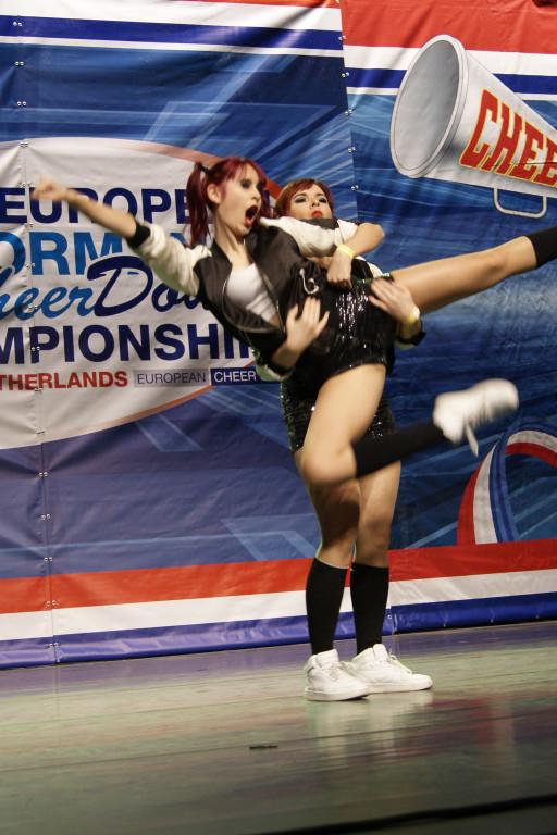 Sukces płockich cheerleaderek - Zdjęcie główne