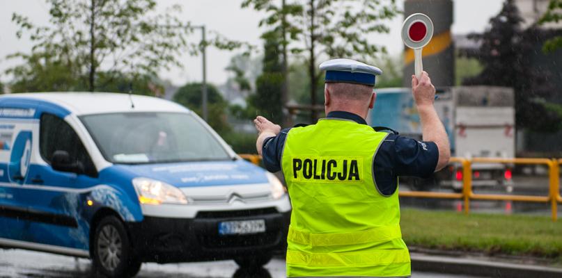 Nieoznakowane radiowozy policji. Gdzie można je spotkać? - Zdjęcie główne