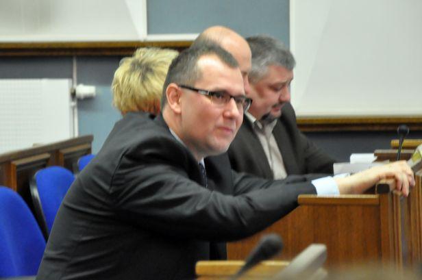 Radni nie chcą obligacji, sesja przerwana - Zdjęcie główne