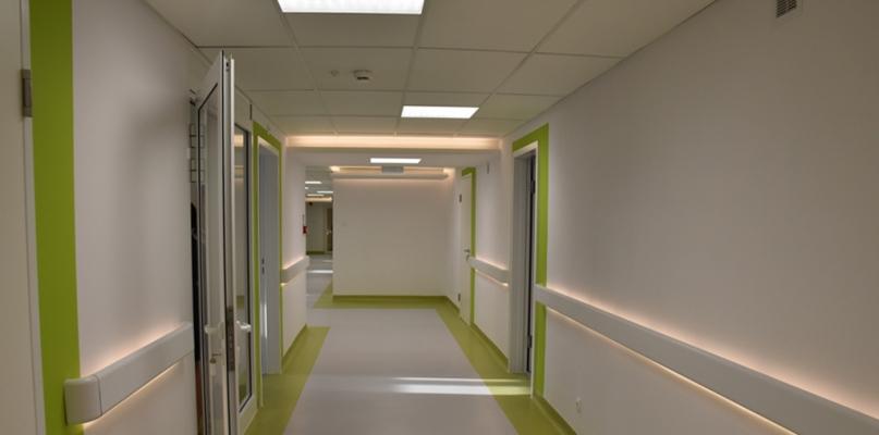Zobaczcie, jak się zmienił szpitalny oddział [FOTO] - Zdjęcie główne