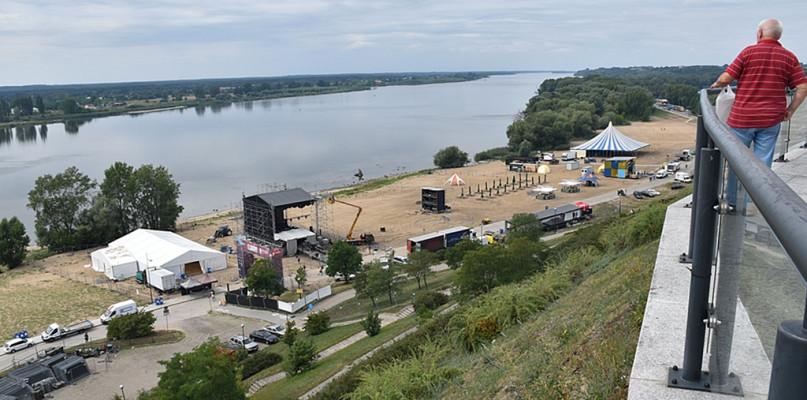 Startuje Polish Hip-Hop Festival. Pierwsi festiwalowicze już na miejscu [FOTO] - Zdjęcie główne