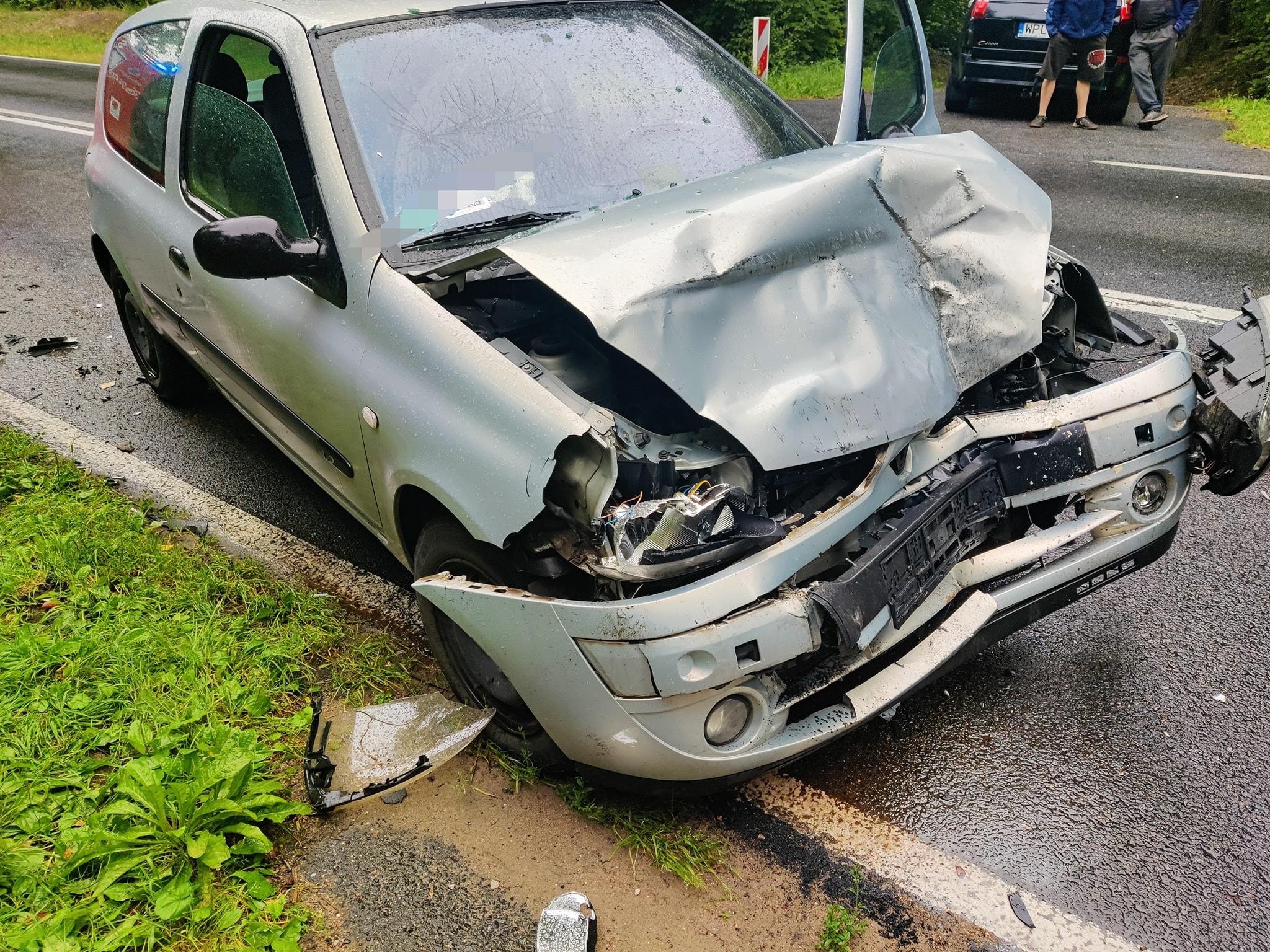 Wypadek niedaleko Płocka. Jedna osoba ranna [ZDJĘCIA] - Zdjęcie główne