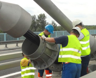Uwaga, dziś utrudnienia na nowym moście - Zdjęcie główne