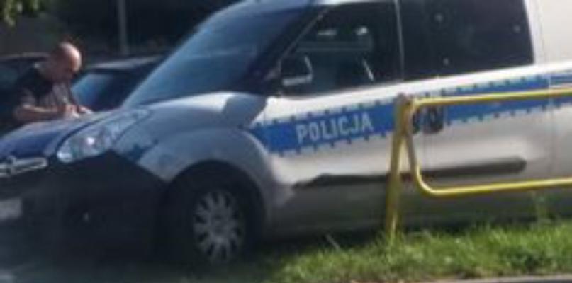 Kolizja z udziałem policyjnego radiowozu  - Zdjęcie główne