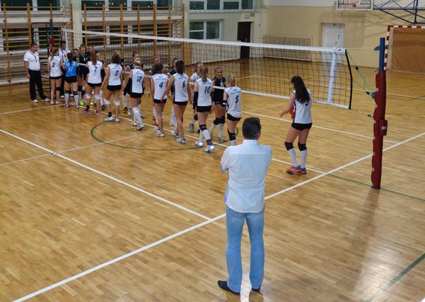 Trzy mecze i dziewięć puntów Volleya - Zdjęcie główne
