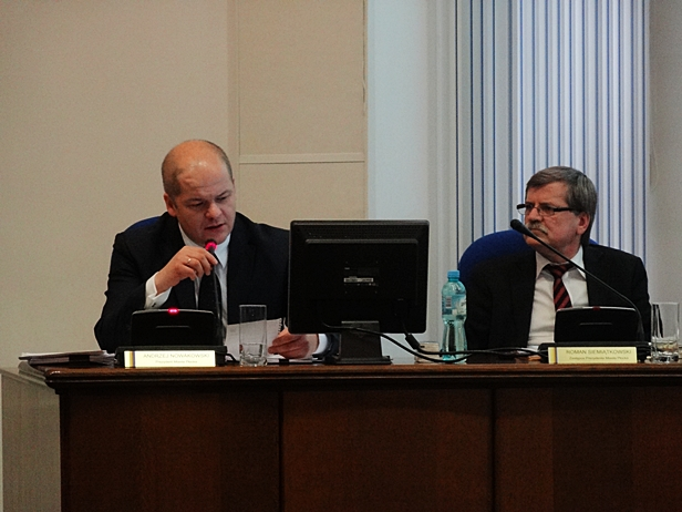 Sesja: Aż pół miliona złotych na Cifal - Zdjęcie główne