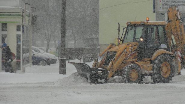 Zima koszmarnie utrudnia życie kierowców - Zdjęcie główne