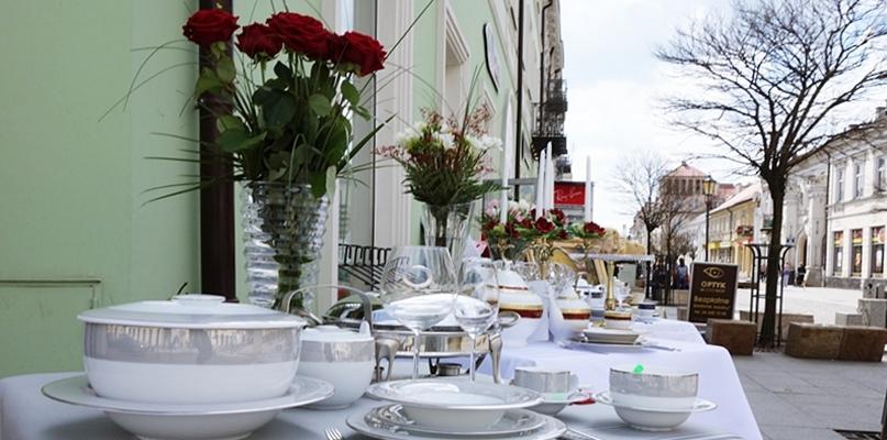 W sobotę wcielą się w nietypowych kucharzy i kelnerów - Zdjęcie główne