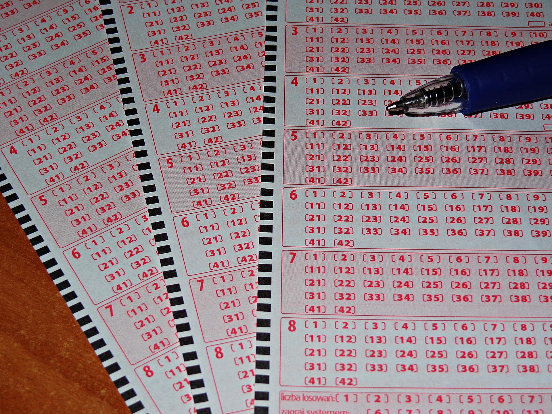 Rekordowa wygrana. W Płocku trafiono 6 w Lotto - Zdjęcie główne