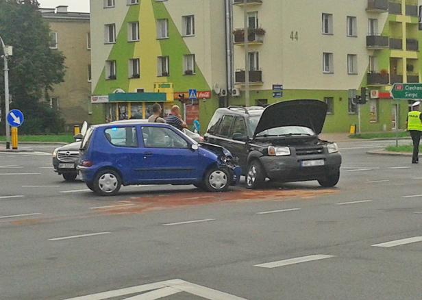 Wypadek w centrum. Są ranni [FOTO] - Zdjęcie główne