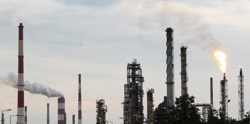 """WIOŚ potwierdza: """"To Orlen wyemitował dwutlenek siarki"""" - Zdjęcie główne"""
