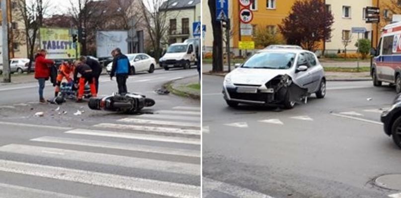 Wypadek przy komendzie policji. Kierowca skutera w szpitalu [FOTO] - Zdjęcie główne