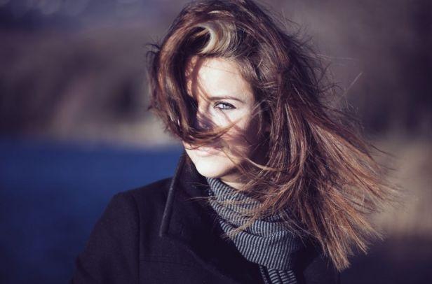 Wypadanie włosów po ciąży–jak z nim walczyć? - Zdjęcie główne