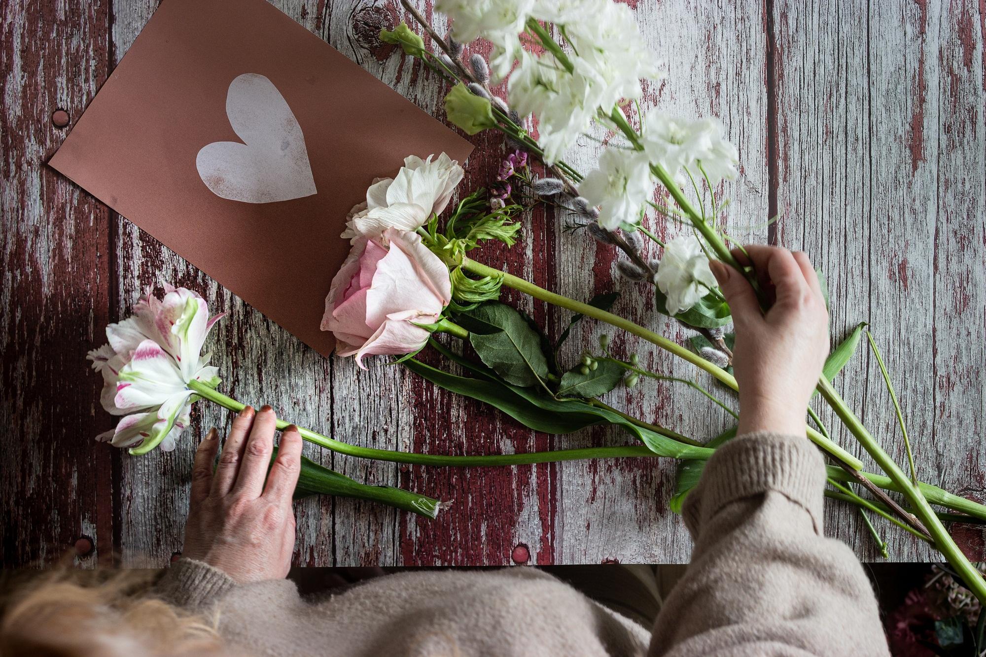 Hurtowania kwiatów sztucznych - Zdjęcie główne