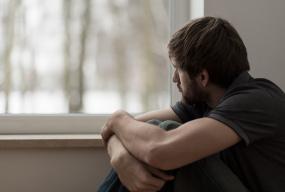 Jak długotrwałe bezrobocie wpływa na psychikę? Poznaj 5 negatywnych skutków! - Zdjęcie główne