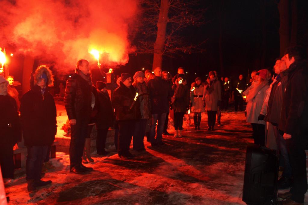 Apel Poległych w Dobrzykowie - Zdjęcie główne
