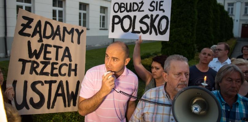 Protest przeciwko reformie sądownictwa. Tym razem liczniejszy - Zdjęcie główne