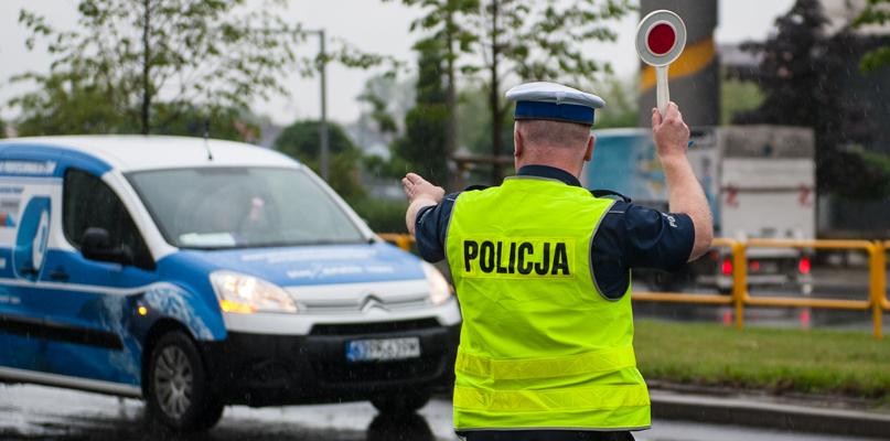 Wzmożone kontrole na drogach - Zdjęcie główne