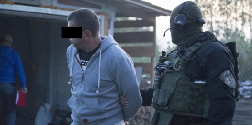 Rozbito grupę zajmującą się przemytem narkotyków - Zdjęcie główne