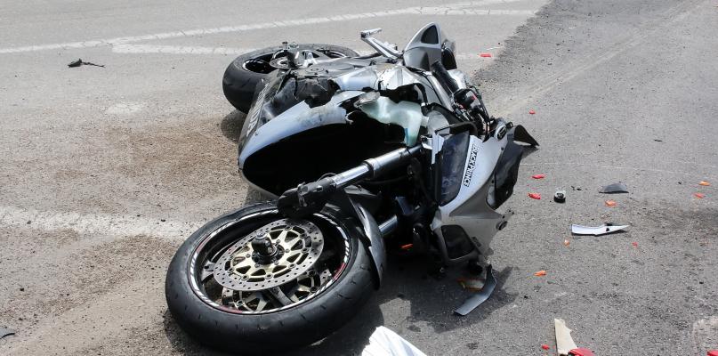 Wymusił pierwszeństwo na motocykliście. Kierowca w szpitalu - Zdjęcie główne