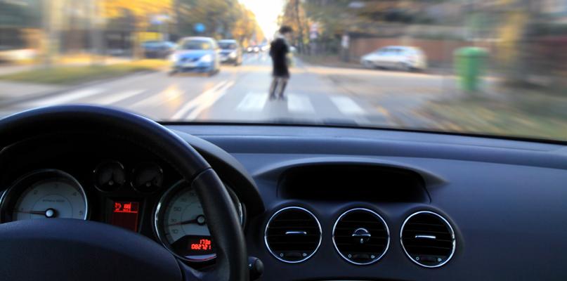 Wypadek pod Płockiem. Pijany kierowca potrącił nietrzeźwą pieszą  - Zdjęcie główne