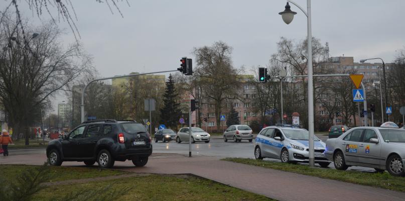 Niebezpiecznie na Łukasiewicza. Kobieta potrącona na przejściu dla pieszych - Zdjęcie główne