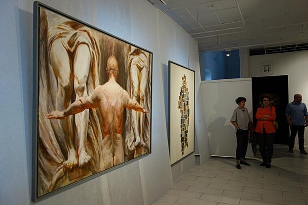 Duże, niesamowite obrazy w galerii[FOTO] - Zdjęcie główne