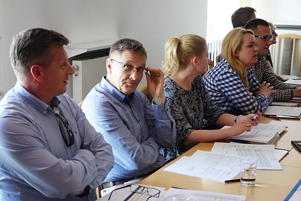 Radni zagłosują w sprawie podwyżki - Zdjęcie główne