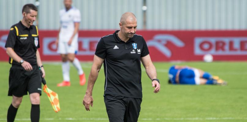 Przy Łukasiewicza analizowano grę zespołu. Tematu zwolnienia trenera nie ma  - Zdjęcie główne