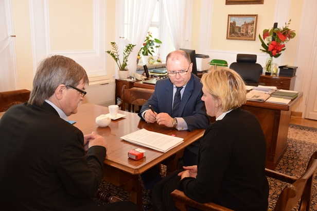 Są pieniądze dla repatriantów w Płocku - Zdjęcie główne