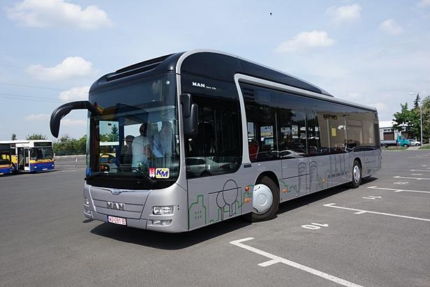 Hybrydowy autobus jeździ po Płocku[FOTO] - Zdjęcie główne