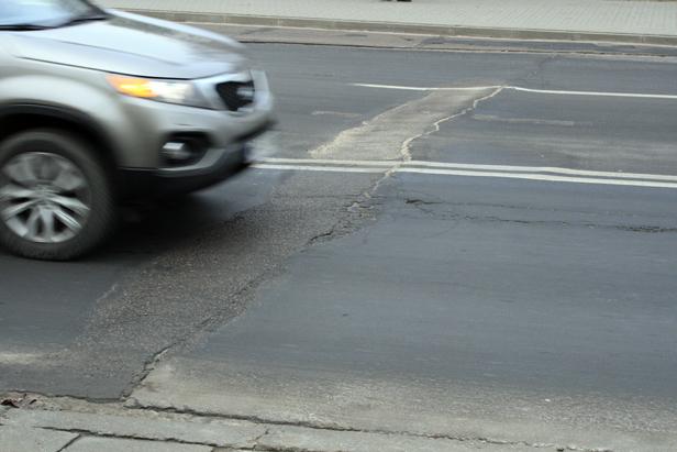 Wiemy, kto i za ile odnowi ulicę Podolszyc - Zdjęcie główne