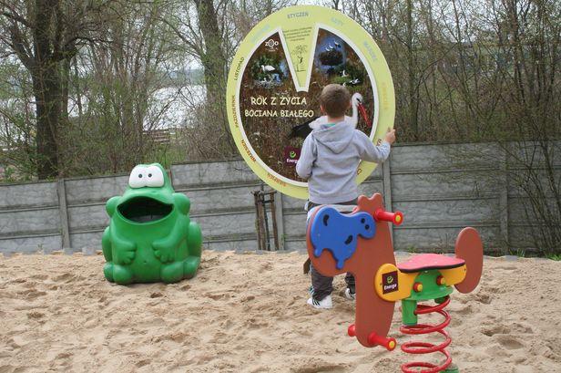 Na placu zabaw także można się uczyć - Zdjęcie główne
