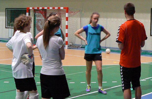 Piłkarki szlifują formę przed rewanżami - Zdjęcie główne