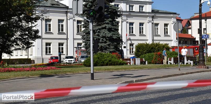 Służby dostały informację o bombie. Miała wybuchnąć za 15 minut  - Zdjęcie główne