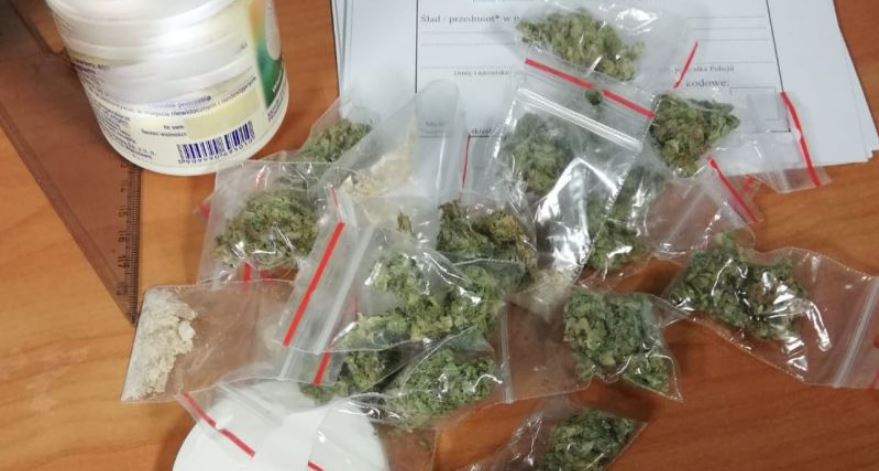 Zatrzymano 46-letniego mężczyznę. Posiadał znaczne ilości narkotyków - Zdjęcie główne