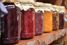 Jak wybrać odpowiednie surowce spożywcze? - Zdjęcie główne