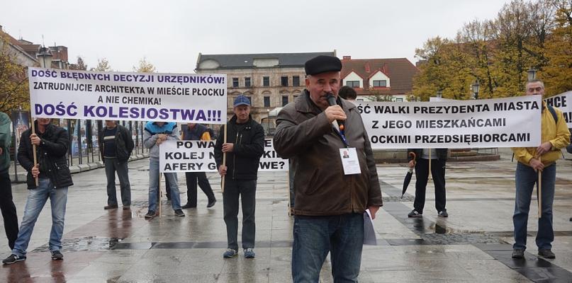 Deweloper domaga się rezygnacji od prezydenta Płocka - Zdjęcie główne
