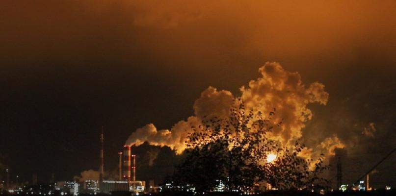 ORLEN ostrzega: płomienie na pochodniach mogą być okresowo zwiększone - Zdjęcie główne