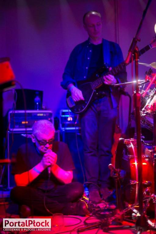 Świetliki w klubie Rock'69 - Zdjęcie główne