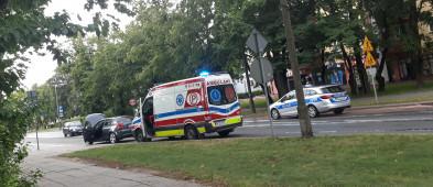 Zderzenie dwóch pojazdów w centrum miasta [FOTO] - Zdjęcie główne